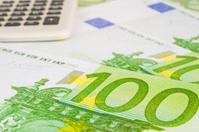 euros and calculator