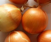 half dozen yellow onions