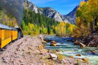 colourful mountains of Colorado during foliage season