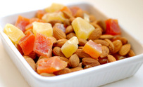 Dried fruits and almonds