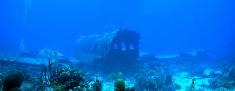 Underwater airplane wreck