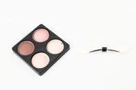 Make-up eyeshadows