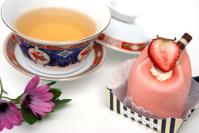 dessert and tea