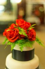 Flower arrangement on a wedding cake