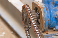 Old huge greasy roller chain