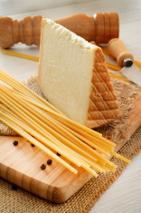 bucatini and cheese