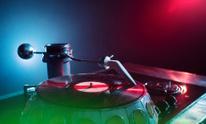 Nightclub. Turntable. Plate.