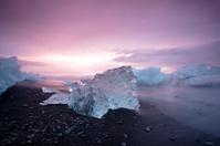 Sunrise Icebergs