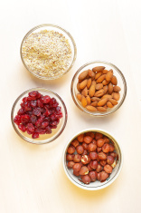 Almond, hazelnut and cranberry