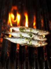 Sardines on grill