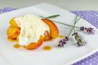Caramelised apricots