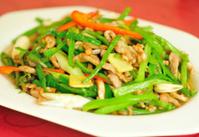 chinese stir fried shredded pork and green pepper