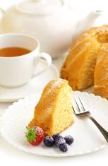 slice of cake and tea