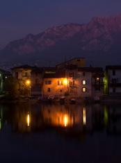pescarenico by night
