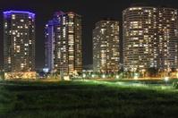 Highrise condominium in Yokohama Minatomirai 21 at night