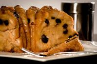 Bread Cake with raisins and cheese (Venezuelan recipe)