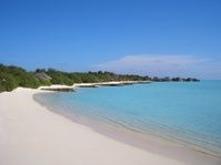 deserted beach - Maldives Feb 2007