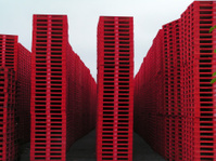 Red pallets