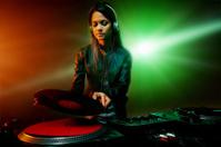 music dj woman