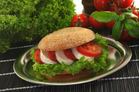 Bagel with tomato and mozzarella