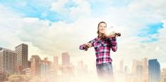 Girl violinist