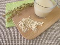 Homemade oats milk