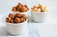 Hazelnut, almonds and acajou