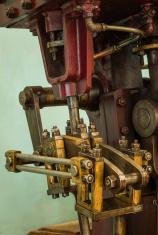 Industrial Machine Crank System