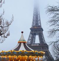 Carousel ans Tour Eiffel-Paris-France