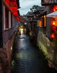 Lijiang Dayan old town scene