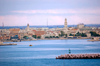 Bari skyline