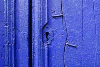old blue keyhole