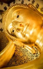 Buddha with armrest