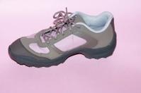 Woman Shoe for trekking