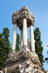 Huge Italian crypt