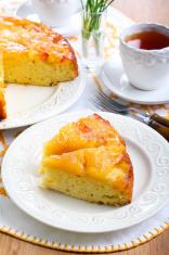 apple upside down sponge cake