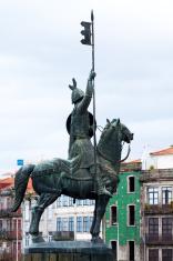 Equestrian statue of Vimara Peres in Porto