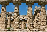 Temple of Hera colonnade, Paestum, Italy