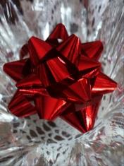 red Xmas bow