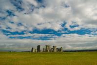 famous stonehenge,uk