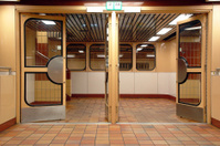 Subway gate1