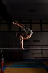 Horizontal bar exercises