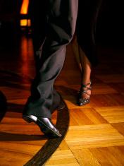 Tango dancers - feet