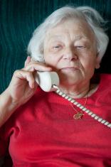 Grandma on the phone. (XXXL)