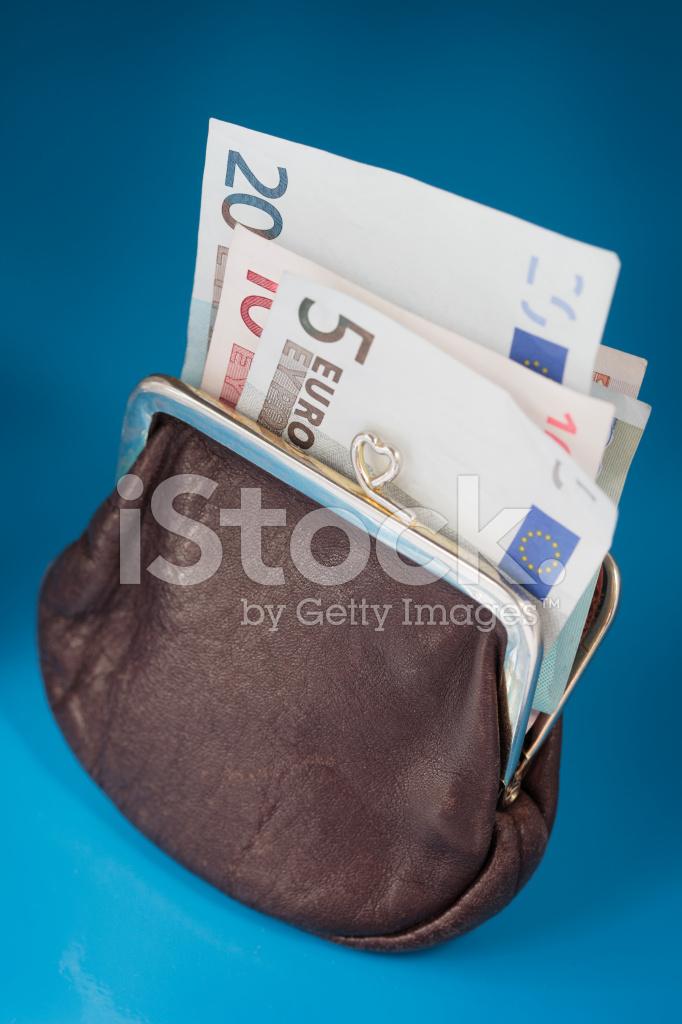 Portemonnee 5 Euro.Euro Portemonnee Stockfoto S Freeimages Com