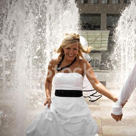 невесту украли друзья и пустили по кругу конечно нравится
