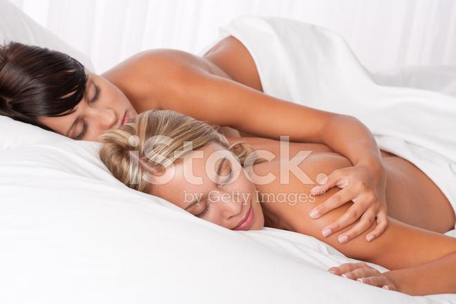 Молодые лесбиянки голые в сексе  542938