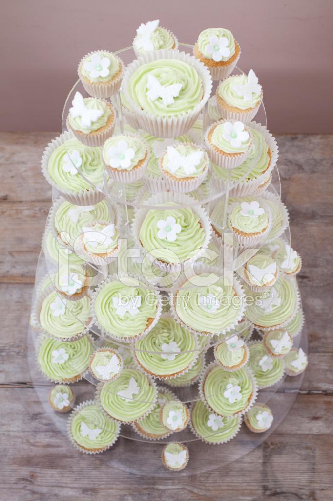 Cupcake Hochzeitstorte Stockfotos Freeimages Com