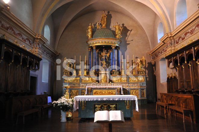 https://images.freeimages.com/images/premium/previews/1100/11000181-chamonix-church-interior-with-altar-haute-savoie-rhone-alpes.jpg
