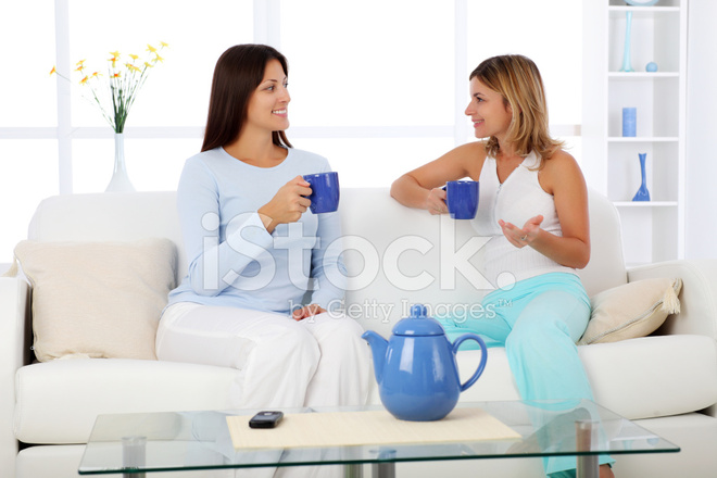chatta med kvinnor i sala